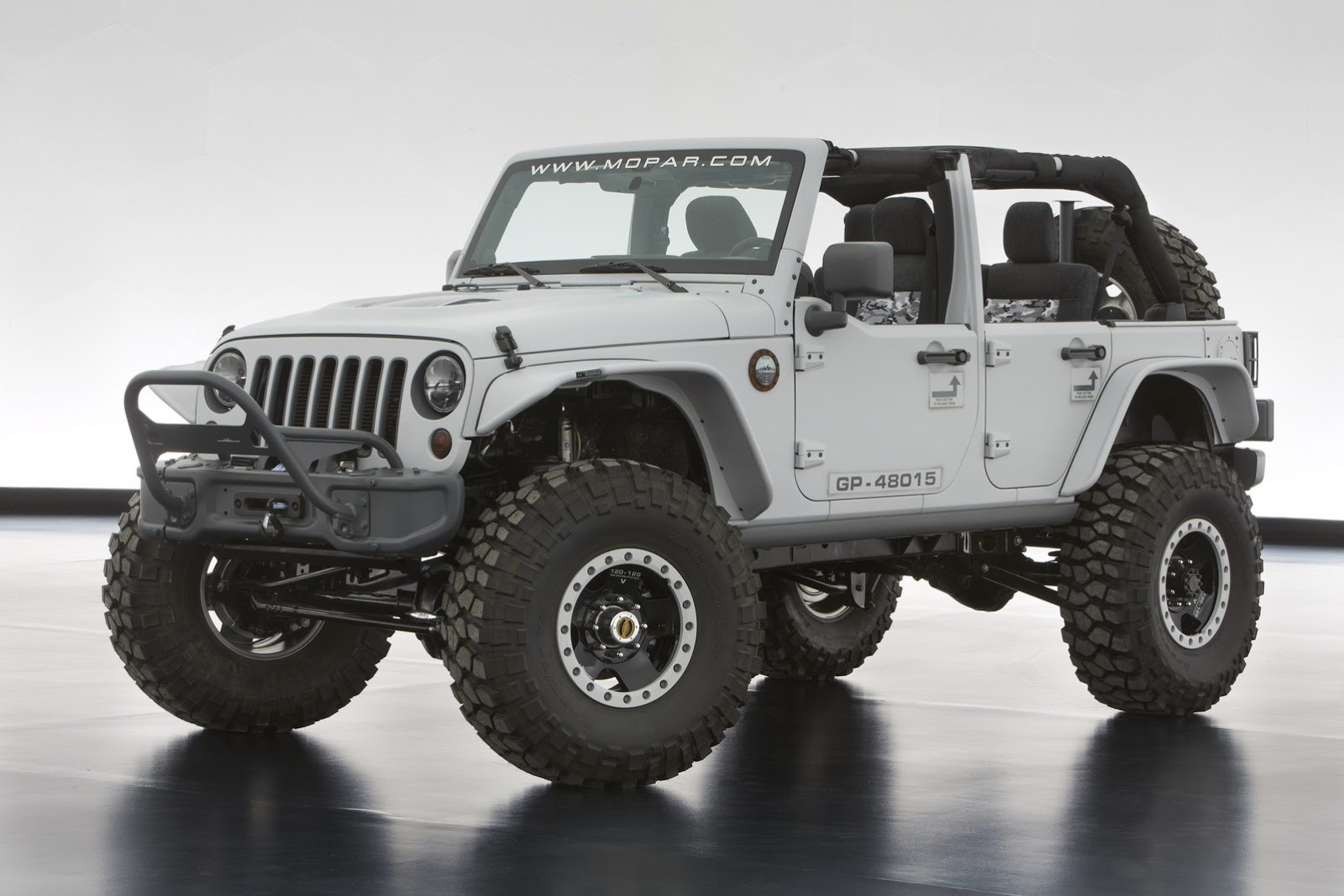 The Jeep Wrangler Mopar Recon Includes A Number Of Mopar Applications  Externally, Including Front And Rear Half Door And Window Kits, Front And  Rear ...